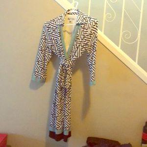 Wrap dress patterned medium